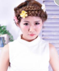髪型 三つ編みカチューシャ