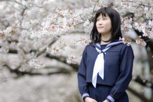 女子高校生 桜