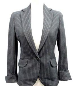 女性 スーツ イネド