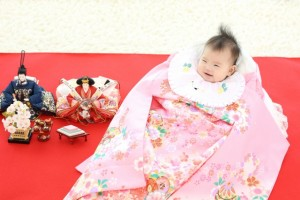赤ちゃん 雛人形