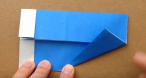 折り紙 鯉のぼりの顔部分 三角形に折る