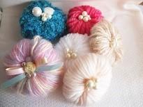 毛糸とビーズのモチーフ
