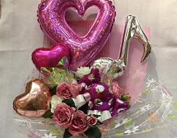 バルーン付きの花束