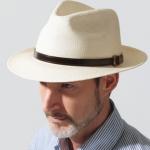 パナマ帽のメンズコーデ。おしゃれなかぶり方やおすすめブランド!