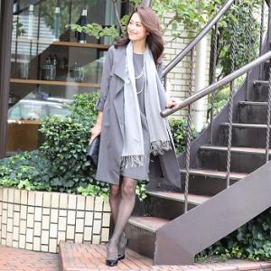 スーツ 女性 エレガント