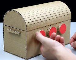 手作り ロック機能付き宝箱