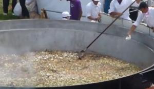 日本一の芋煮会フェスティバル 超巨大鍋