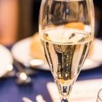 シャンパンとスパークリングワインの違い。製法や味は?おすすめは?