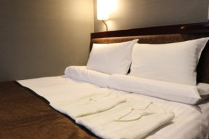 ホテル ベッド 部屋着