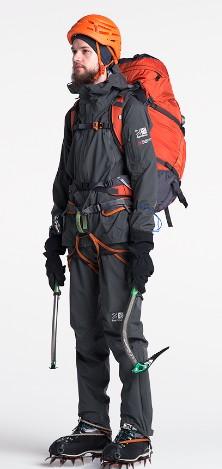 登山ファッション 冬 メンズ