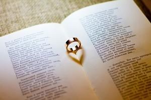 結婚指輪 本 ハート
