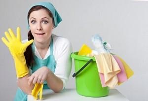 掃除 女性 バケツ