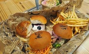 ハンバーガー スヌーピー