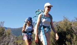 登山 女性 外国人