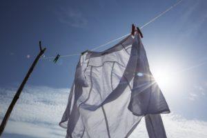 太陽 青空 洗濯物