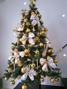 クリスマスツリー ゴージャス