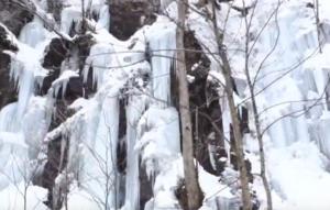 奥入瀬渓流 氷爆