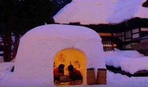 横手雪まつり かまくら 画像