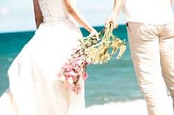 結婚 新郎新婦 海