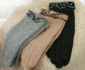 飾り付き 手袋