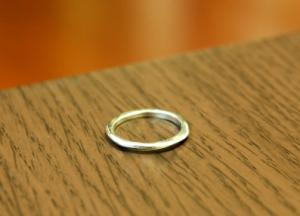 テーブル 指輪