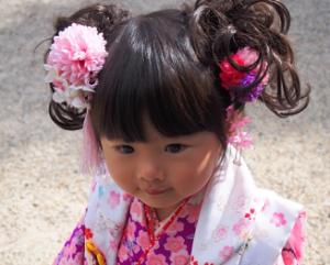 七五三 3歳 着物の女の子 髪飾り