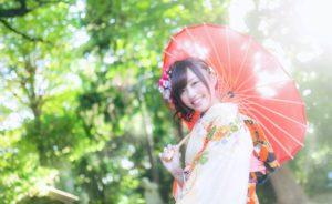 着物 女性 傘