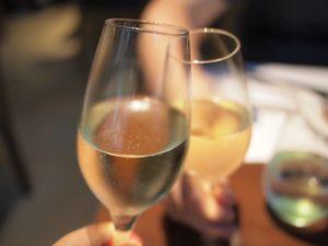 ディナー シャンパンで乾杯