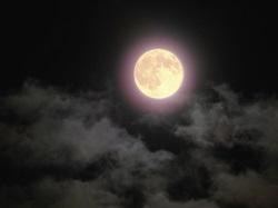 夜空と満月