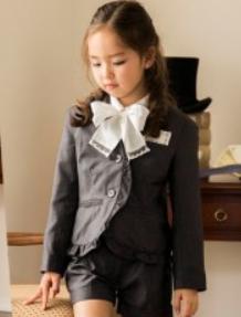 女の子 ショートパンツスーツ 入学式
