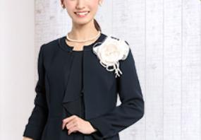 入学式 母親 ネイビースーツ コーデ