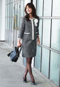 入学式 ママ 服装 定番 スーツ