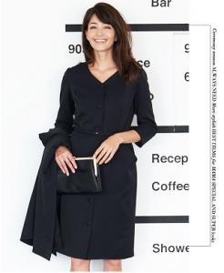 入学式 ママ 服装 黒のワンピース