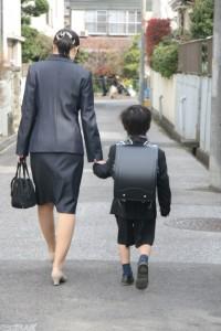 入学式 母親 子供