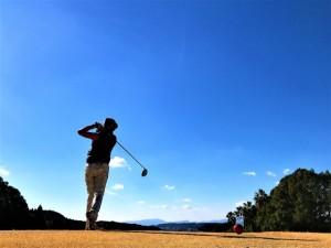 ゴルフ 青空