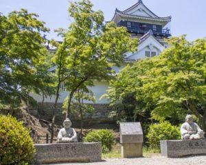 岡崎城 家康像