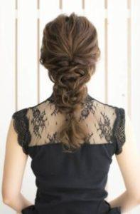 ロング 髪型 編み込みスタイル