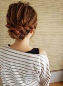 編み込み アップスタイル 髪型