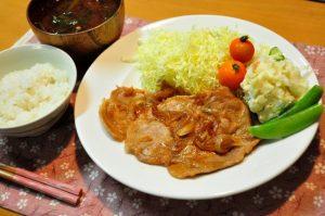 夜 ご飯 豚肉生姜焼き