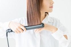 ヘアアイロン 髪
