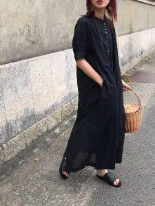 女性 サンダルコーデ フラットサンダル