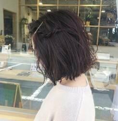 ボブ 髪型 三編み 編み込み 前髪をサイドへ流す