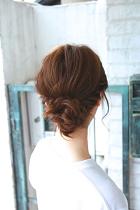 ミディアム 髪型 お団子 ロープ編み