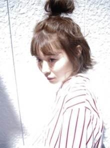 ショート 髪型 女性 お団子