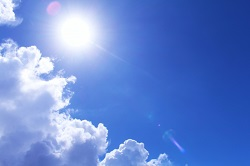 太陽 青空