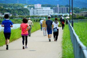 ウォーキング 散歩 ジョギング
