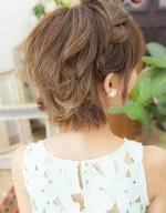 可愛らしい 崩れにくい 編み込み 髪型