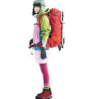 女性らしい 登山ファッション