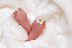 赤ちゃん 足の裏 花