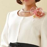 女性スーツ 結婚式 披露宴